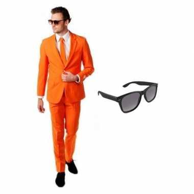 Oranje heren kostuum maat 46 (s) met gratis zonnebril